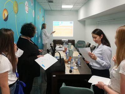 """Prve aktivnosti projekta """"Sigurna mesta, nesmetan razvoj dece – Integrisanje praksi zasnovanih na znanju o efektima traumatskog iskustva u sistem alternativne brige"""""""